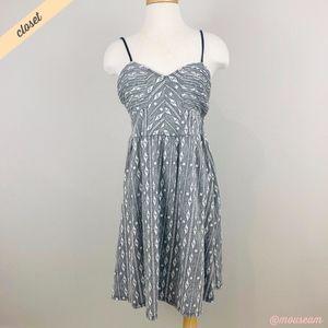 [Lilka] Gray/White Geometric Fit & Flare Dress